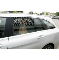 Griglia di aerazione per finestrino auto a discesa composto da 13 stecche 68x20
